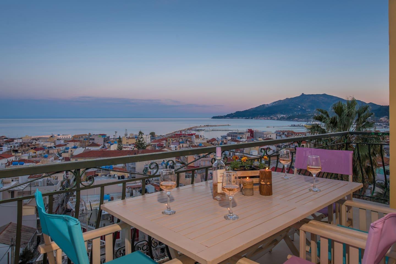 Balcony_sea view