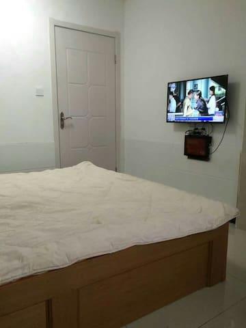 精装修公寓,直达扬州各大景区,家具家电齐全,提包入住