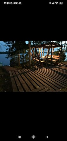 House on the lake Janisjarvi: Изба на острове