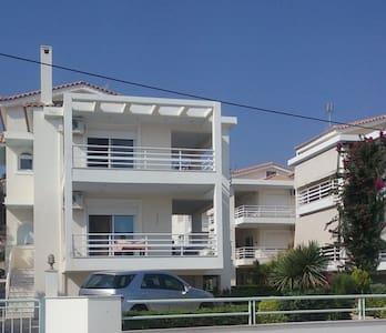 Beach house in the Peloponnese - Kato Diminio