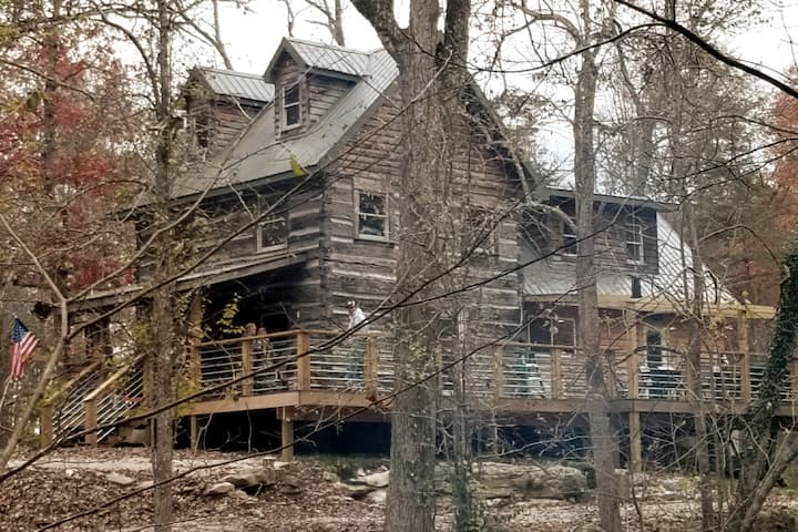 Cliffside Properties / Carter Caves Cabin Rental