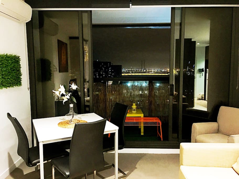 The paradiso 2 bedroom 2 bath apt melbourne cbd apartments for rent in melbourne victoria Rent 2 bedroom apartment melbourne