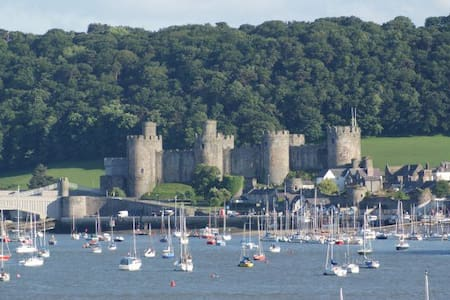 Conwy Castle View - Deganwy