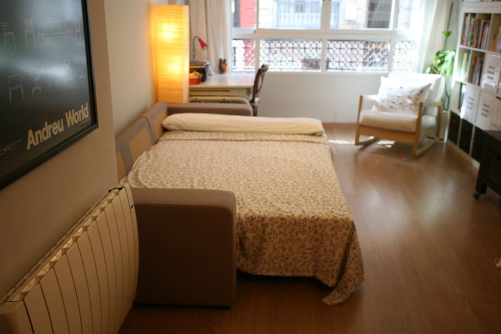 salón con sofa-cama
