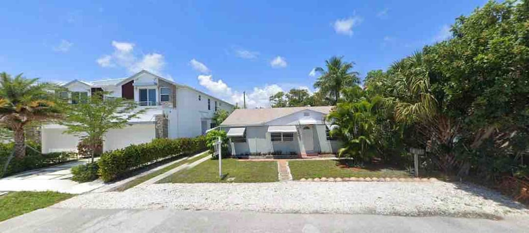 Great home in the heart of Fort Lauderdale!!