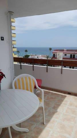 Sunny Estudio Apartment - San Bartolomé de Tirajana - Byt