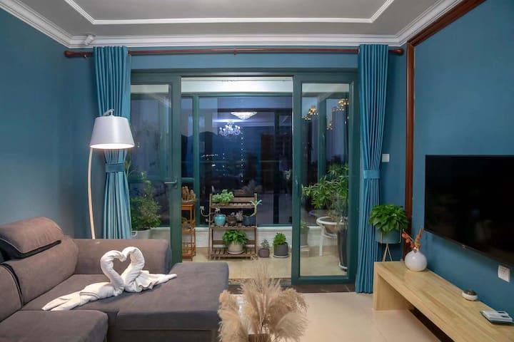 沙漏公寓之赏花观海大两居