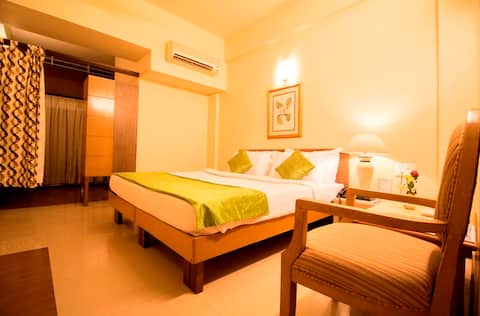 ★Executive Deluxe Room Near Nashik RailwayStation★