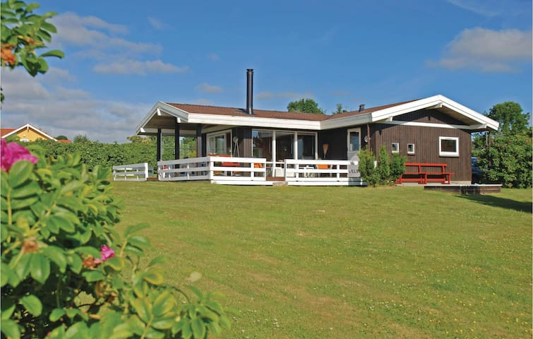 Holiday cottage with 3 bedrooms on 79m² in Sydals