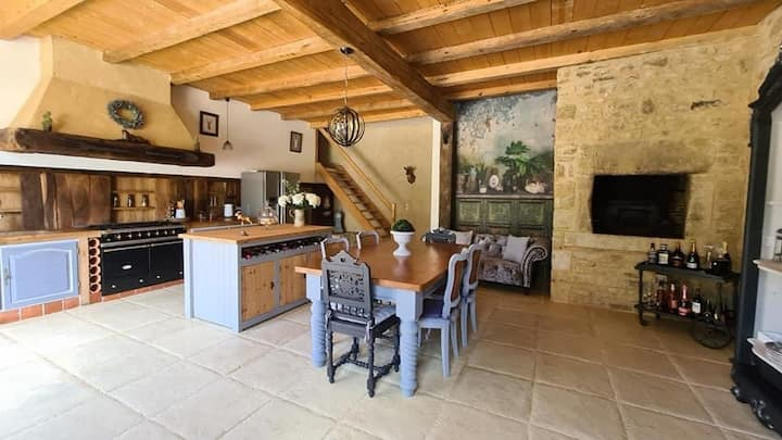 luxury river front bed and Breakfast Charente