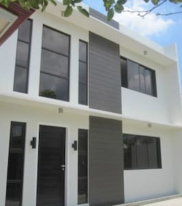 Spacious 2-bedroom Mandaue House - Mandaue City - House