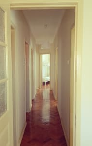 Double room 5 min from airport and Meo Arena - Lisboa