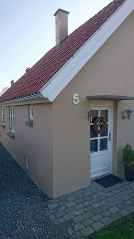 Hyggelig hus på toppen af fjordbyen Vejle.