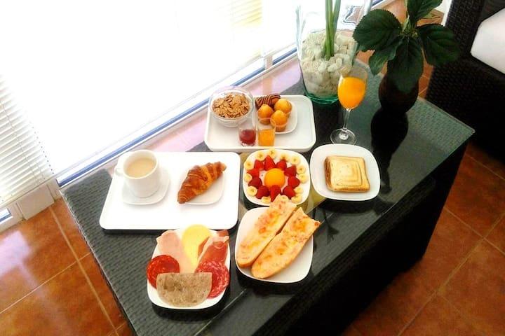 Desayuno opcional con suplemento
