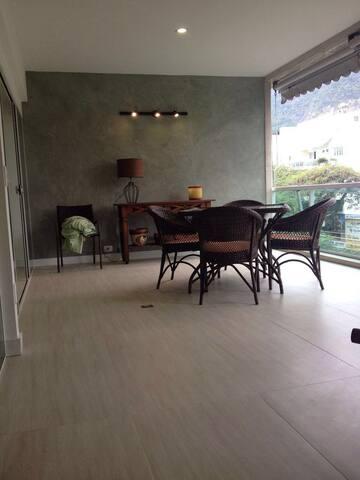 Lindo apartamento no Jardim Oceânico - Iguaba Grande - Apartament