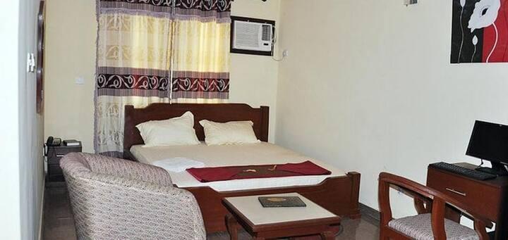 Keviz Hotel - Silver Room