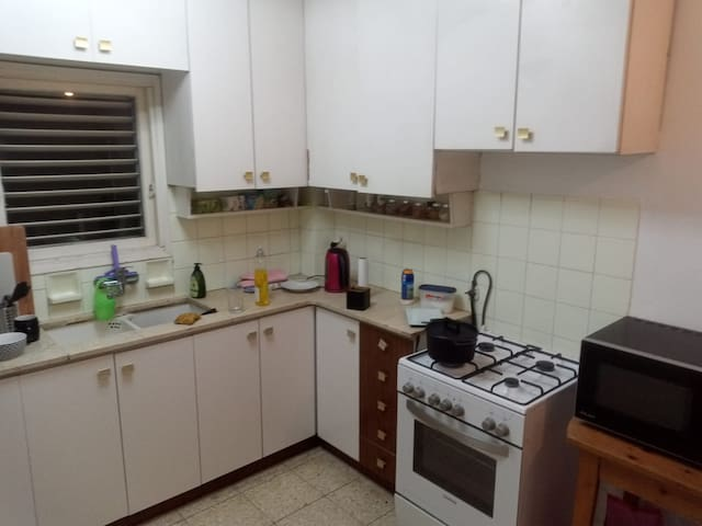 Private room in a charming Apartment- North TLV