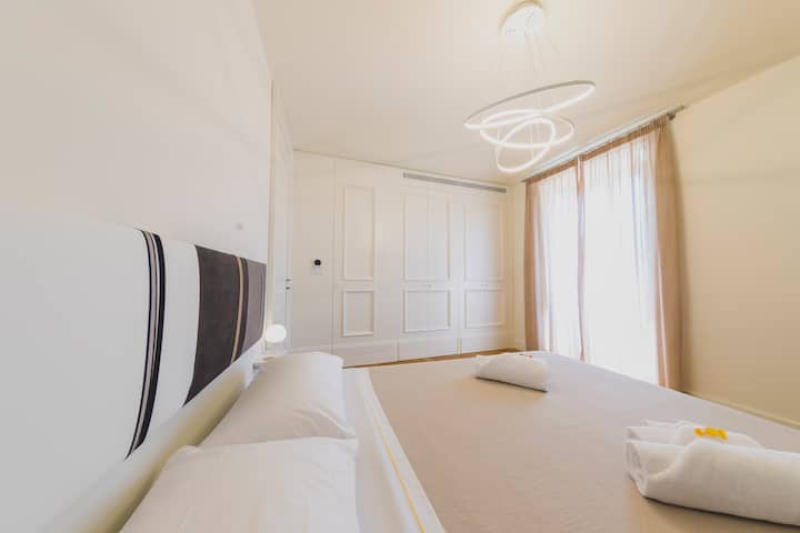 B&B Cefalù Design Suites, Artemide room