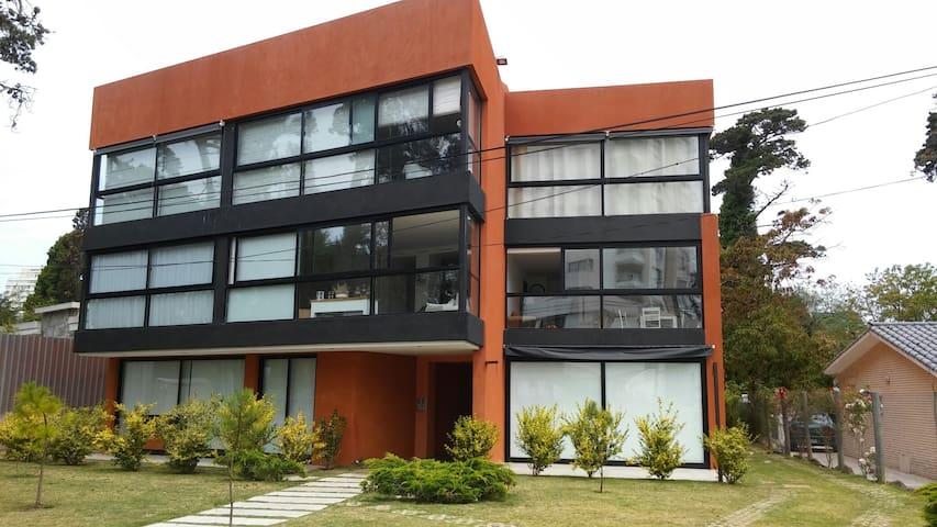 Apto nuevo y en excelente ubicación - Punta del Este - Appartement