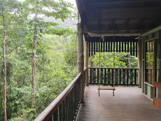 Extra Large room in treehouse with own balcony