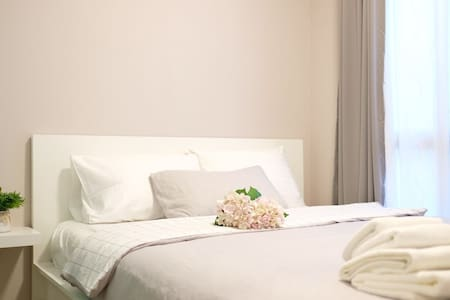 Donmueang Airport,15 mins,Entire Apartment