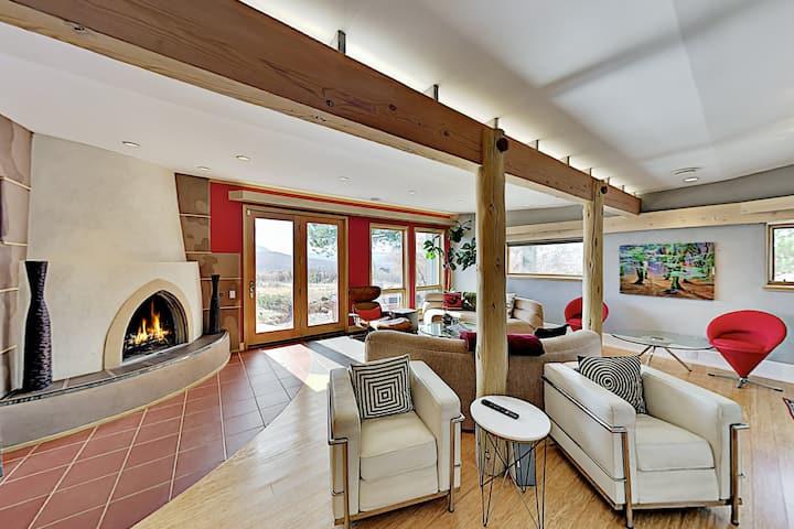 Architect's Estate | Rooftop Cabana, Hot Tub, Pool