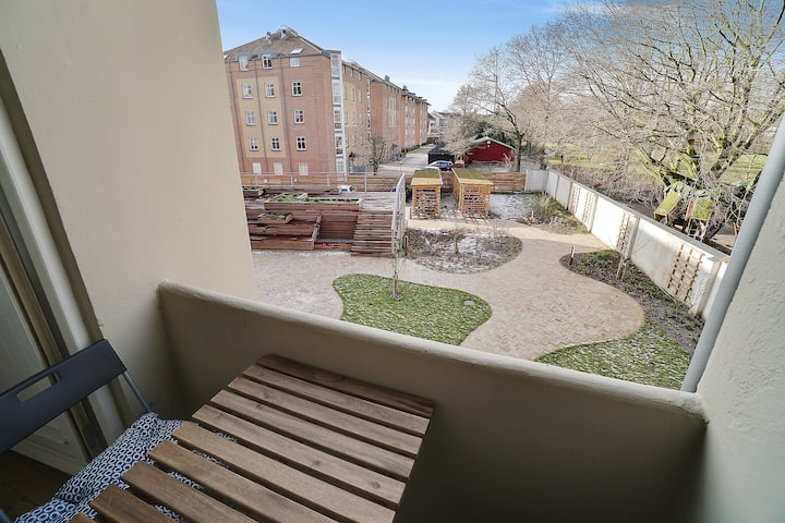 Complete apartment between center and UNI