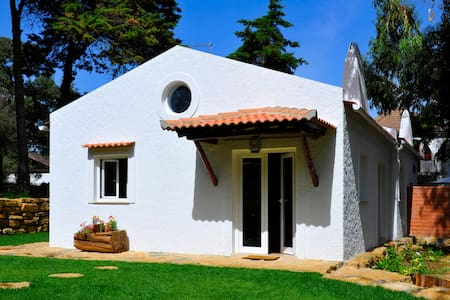 Romantic rustic suite with garden and breakfast AL - Sintra