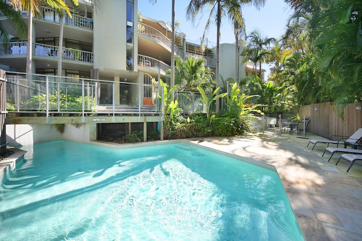 'Naousa II' Apartment 4, Little Cove
