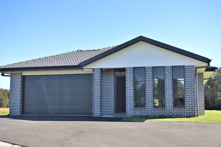 136 Carrs Dr, Rural with Resort Facility Access