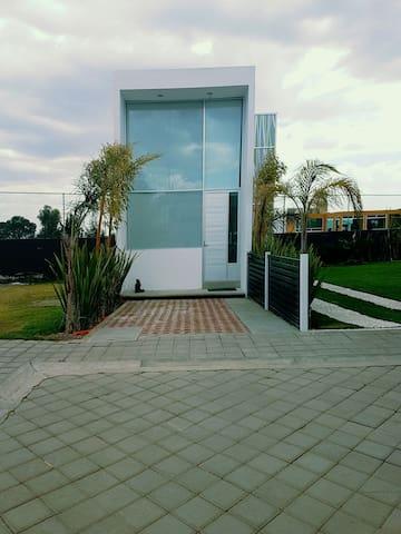 Depto tipo loft Amueblado - Santa Úrsula Zimatepec, Tlaxcala, MX - Casa