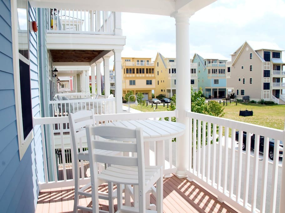 Sunset Island 14 Shore Point Dr. - Front Porch