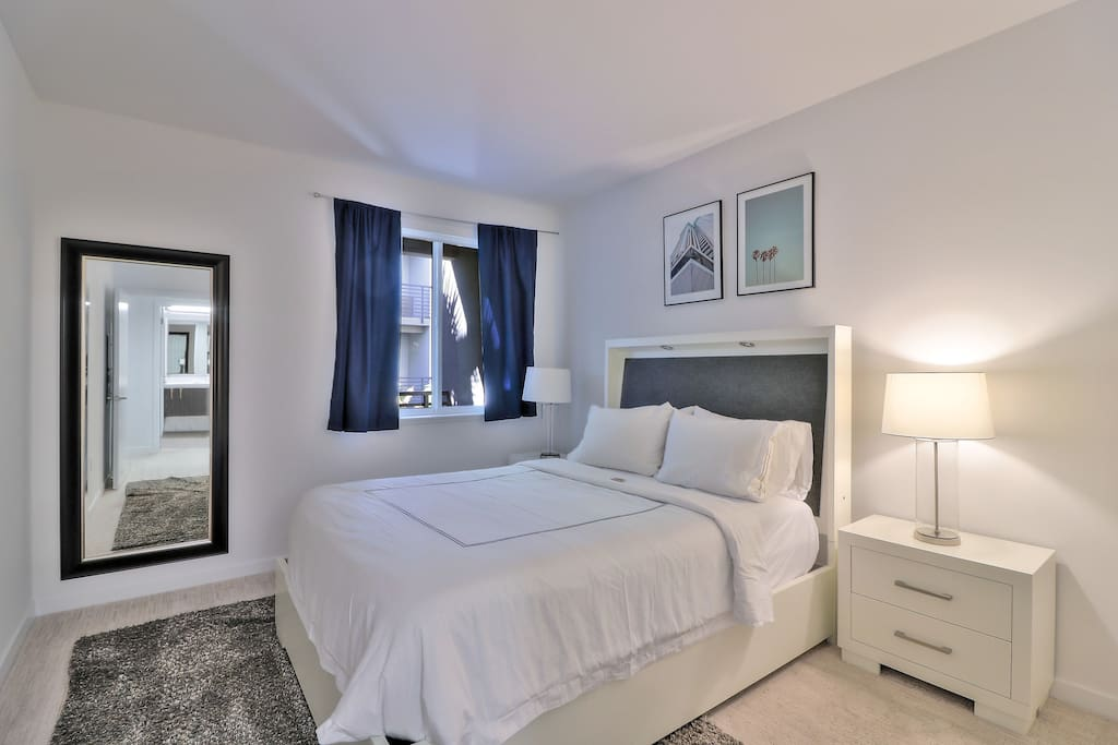 Business Or Leisure Travel 1br 1ba Pool Parking