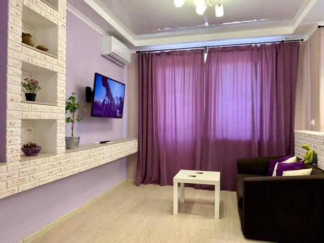 Новая, уютная студия с балконом Новороссийск
