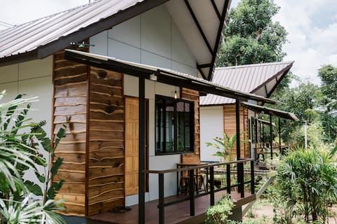 Bungalow i Jungleelven fredelig og koselig