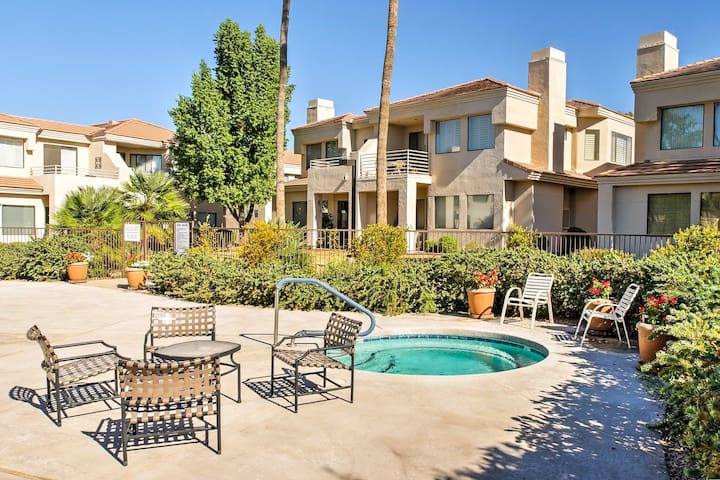 Sleek Scottsdale Condo w/Balcony+Resort Amenities!