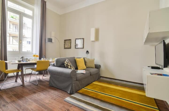 Vivacious 1bdr in the heart of Milan! 80199