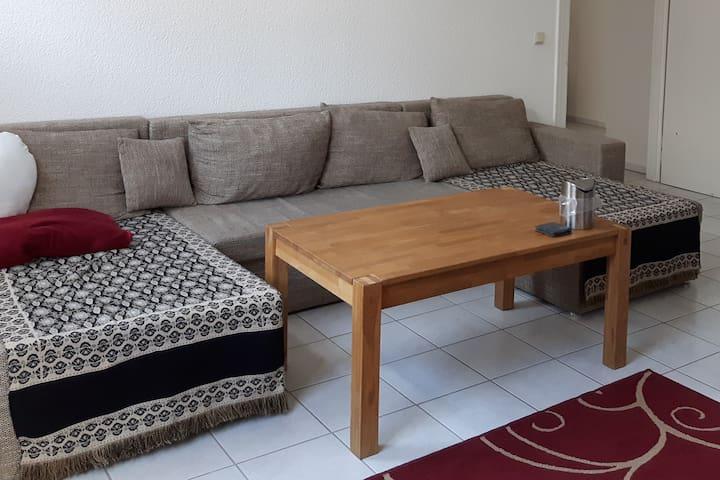 Moderne 2-Zimmer Wohnung zentral & verkehrsgünstig