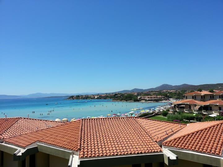 Appartamento vista mare a 2 minuti dalla spiaggia!