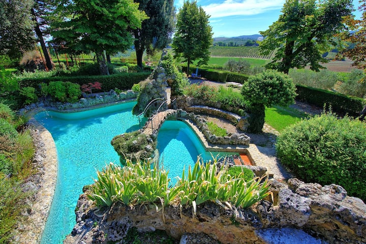 Villa Pietro - Holiday Villa Rental with swimming pool near Siena, Tuscany