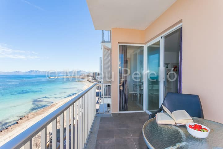 R5B-Apartment on the beach with cool views