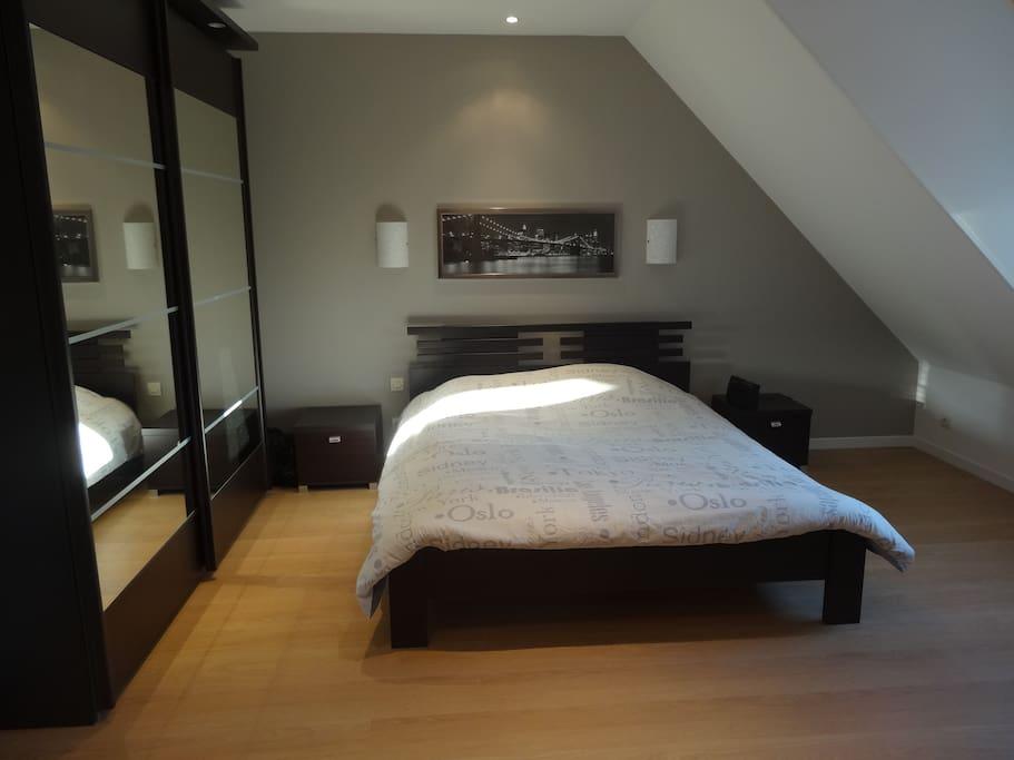 chambres maisons louer la bazoge pays de la loire. Black Bedroom Furniture Sets. Home Design Ideas