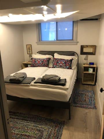 Cozy Urban Suite Getaway