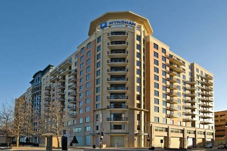 Wyndham National Harbor 2 Bedroom-Inauguration Wkd - Oxon Hill