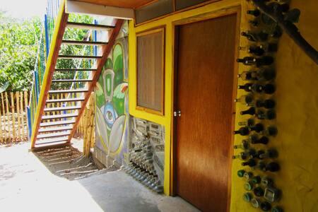 Private room Hostal las Botellitas - Granada