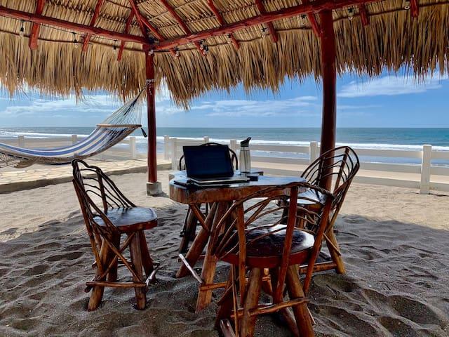 Casa Richardson-Sanchez Beach House on the Pacific