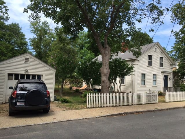 Historical Home in the Heart of Vineyard Haven, MV