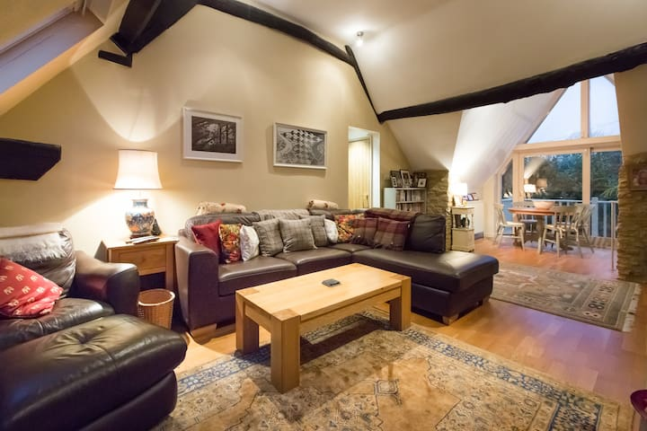 Cotswold stone barn conversion - Witney  - House