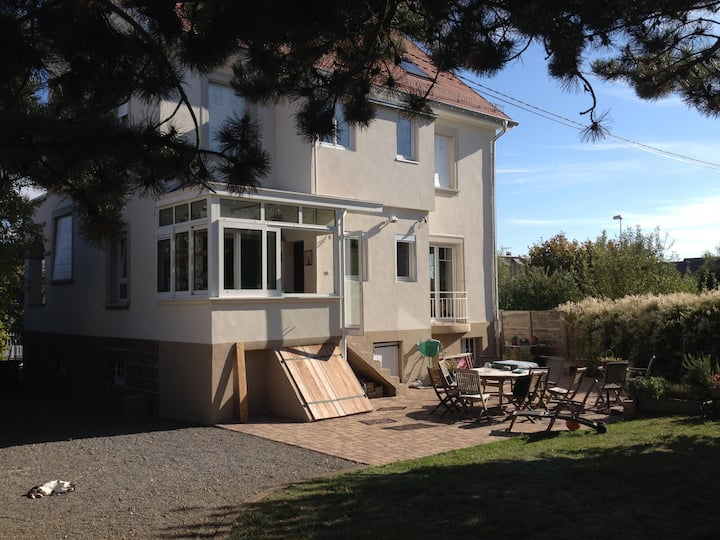 Gde maison calme,jardin clos ensoleillé en Alsace