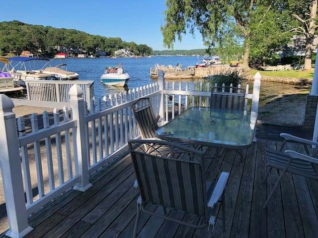 Waterfront Condo in Lake Hopatcong
